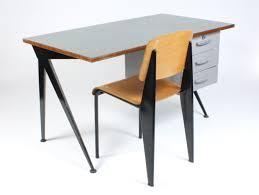 bureau prouvé galerie alexandre guillemain artefact design jean prouve