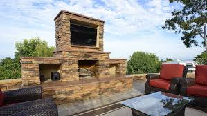 Take Your Family Room Outdoors Angies List - Outdoor family rooms
