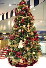Holiday Decorated Homes by 51 Best Holiday Ideas Images On Pinterest Christmas Time