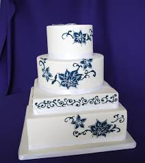 how much is a wedding cake designing the cake wedding cakes marifarthing