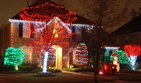 red white christmas lights christmas lights green meadows landscaping design lawn