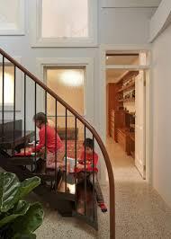 garde corps bois escalier interieur escalier en colimaçon le vrai accrocheur d u0027une maison