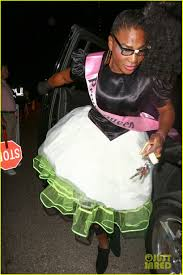 serena williams is an u002780 u0027s prom queen for halloween photo