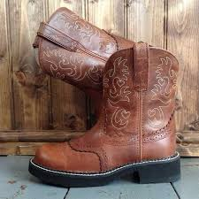ariat s boots uk 57 best ariat baby boots images on fatbaby boots