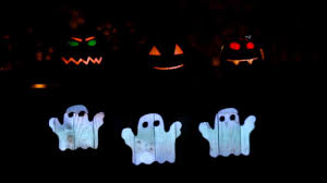 halloween ghost lights singing pumpkins halloween light show this is halloween youtube