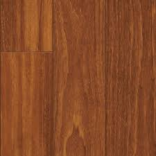 Laminate Flooring Soundproofing Pergo Xp Peruvian Mahogany Laminate Flooring 5 In X 7 In Take