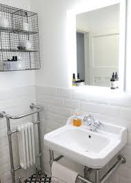 Vintage Retro Bathroom Decor by Vintage Bathroom Wall Art Old Fashioned Bathtubs For Sale Vintage