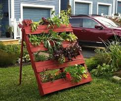 diy garden idea for decorating inexpensively diy to make