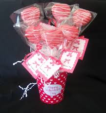 cake pop bouquet cakes by cindi schultz valentines cake pops and cookies