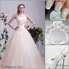 wedding dresses that you look slimmer the shinning noble wedding may be ideas for you