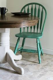 Kitchen Round Tables by Best 25 Painted Round Tables Ideas On Pinterest Chalk Paint