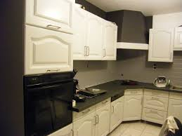 comment repeindre une cuisine comment peindre une cuisine en bois great charmant peinture pour