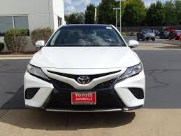 new 2018 toyota camry xse v6 4d sedan in naperville c30755