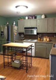 Paint Kitchen Cabinets How To Paint Your Kitchen Cabinets With Annie Sloan French Linen