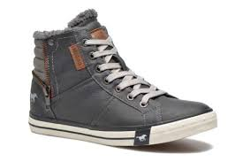 mustang shoes mustang shoes grey trainers chez sarenza 238565