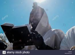 thanksgiving prays jerusalem israel 11th nov 2015 a jewish ethiopian man wears a