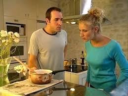 un gars une fille dans la cuisine un gars une fille cuisine dans la cuisine 4 un gars une fille font