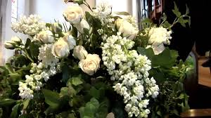 church flower arrangements church of the redeemer presents ministry of flowers a spiritual