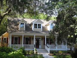 South Carolina Home Decor Tiny Victorian Cottage By Texas Houses Youtube Loversiq