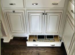 Kitchen Cabinets Pulls Cabinets Pulls And Knobs Rtmmlaw Com