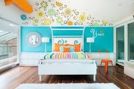 fresque murale chambre bébé chambre d enfant de la semaine couleurs vives et fresque murale in