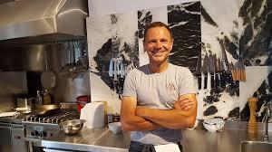 la cuisine de fred fred chesneau ouvre premier restaurant sur l île de paros
