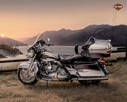 2013 harley davidson flhtcuse8 cvo ultra classic electra glide review