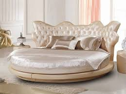 Luxury Bedroom Furniture by Best 20 Round Beds Ideas On Pinterest Luxury Bed Black Beds