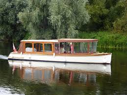 river thames boat brokers the river thames guide boats for sale boat brokers safety s