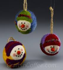 how to make adorable needle felted snowman ornaments crafts n