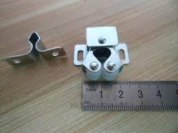 Cabinet Door Roller Catch by Zinc Plated Double Roller Catch Cabinet Catch Dc 01 Kly