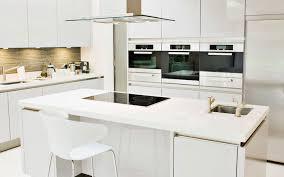 credence cuisine blanche credence cuisine noir et blanc peindre le carrelage duune crdence