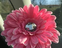Beetle Flower Vase Short Stemmed 13cm Gerbera Flower With Gem Centre Ideal For Vw