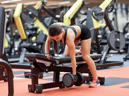 Incline Bench Dumbbell Rows 7 Reasons You Should Do One Arm Dumbbell Row Jason Clemens Blog