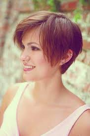 exciting shorter hair syles for thick hair different hairstyles for short hairstyles for thick hair round