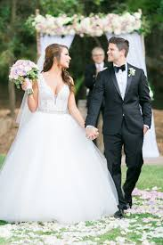 miss usa nia sanchez u0027s convertible wedding dress is everything