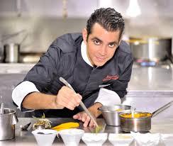 le chef en cuisine chef ramzi elbouab chef de cuisine au bistrot chic