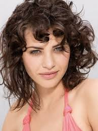 shaggy haircuts for women over 40 most shag haircuts for mature women over 40 is hair that looks messy
