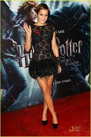 reader q can you help me find a feather dress for my b u0027day so