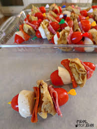 italian appetizers tortellini salad skewers mess for less