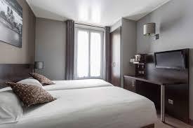 chambre a deux lits chambre hotel jardin de villiers 17
