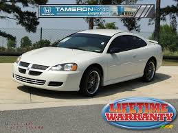 2004 dodge stratus sxt coupe in satin white pearlcoat photo 8