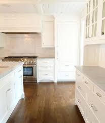 white kitchen cabinets with oak floors we do quarter sawn white oak floors a lot cause they are
