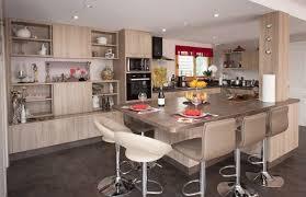 ilot repas cuisine cuisine ouverte avec ilot table idées décoration intérieure