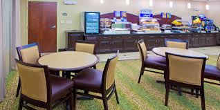 Table Rock Landing On Holiday Island by Holiday Inn Express U0026 Suites Chestertown Hotel By Ihg
