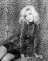 italian domme in hair curlers 60 best 60s images on pinterest artists actresses and celebrities