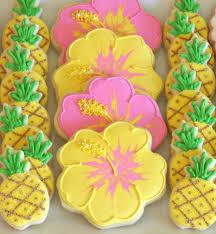 cookie decorating how to make pretty hibiscus cookies u2013 glorious