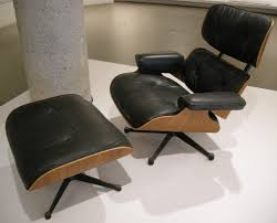 Eames Leather Lounge Chair Chair American Lcw Walnut Lounge Chair By Charles Ray Eames For