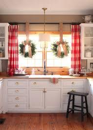 Window Treatments In Kitchen - 40 elements to utilize when creating a farmhouse kitchen