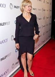 linda from blue bloods haircut amy carlson as linda reagan blue bloods 1 pinterest amy